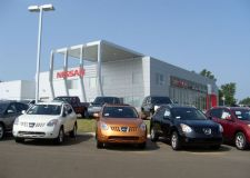 Deuce McAllister Nissan1